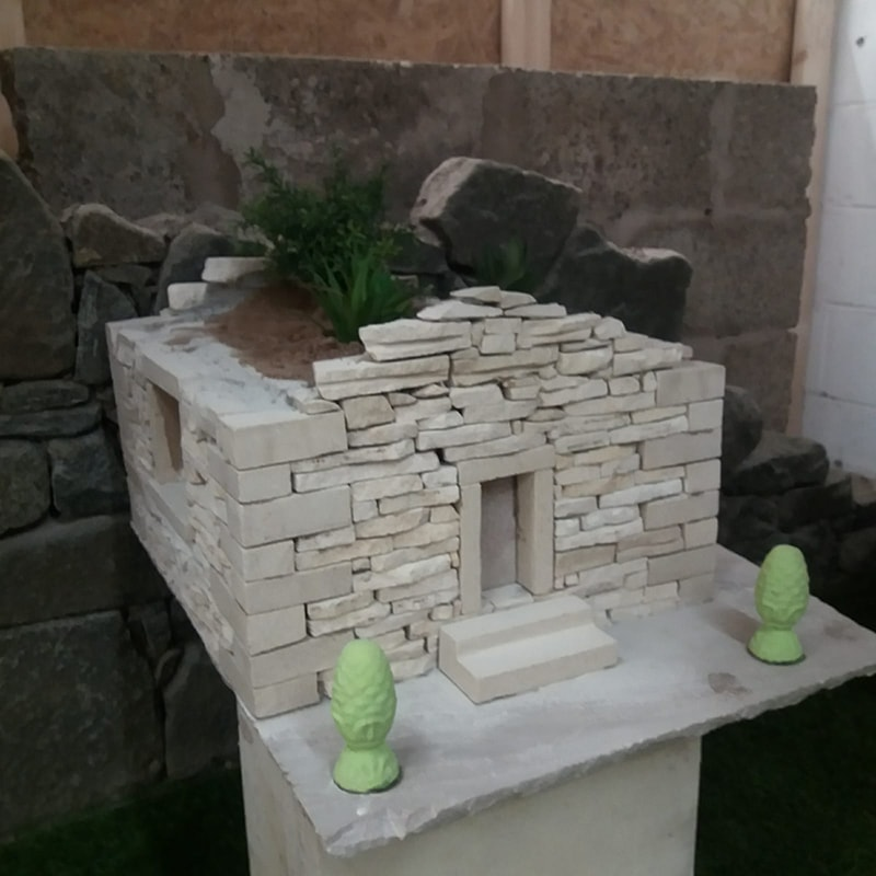 Dry Stone Cottage Planter